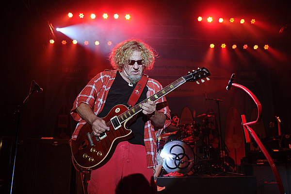 sammy hagar helps kick off new season of live from daryl 39 s house. Black Bedroom Furniture Sets. Home Design Ideas