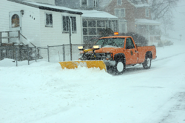 Blizzard Barrels Into Northeastern U.S.