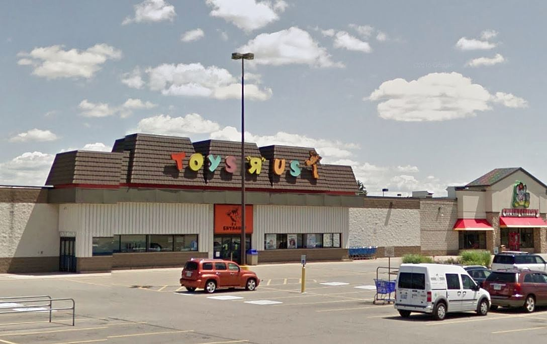 Say Goodbye To Toys R Us In Portage